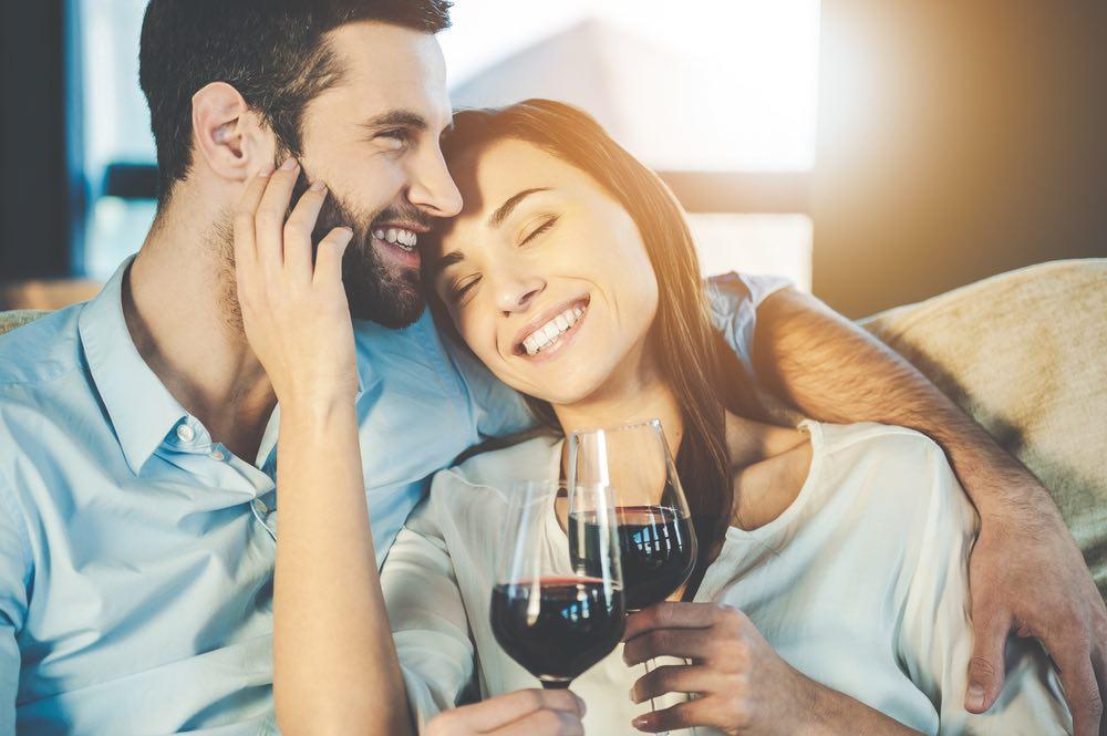 I benefici del vino sulle coppie