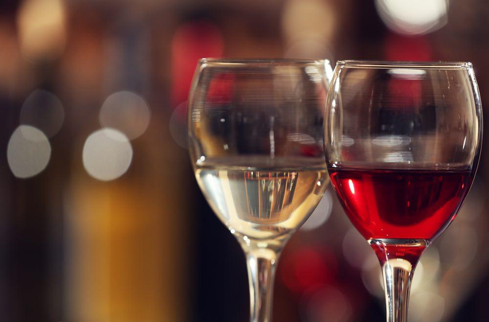 Le curiosità di Let It Wine: Un vino invecchiato si riconosce dal colore chiaro