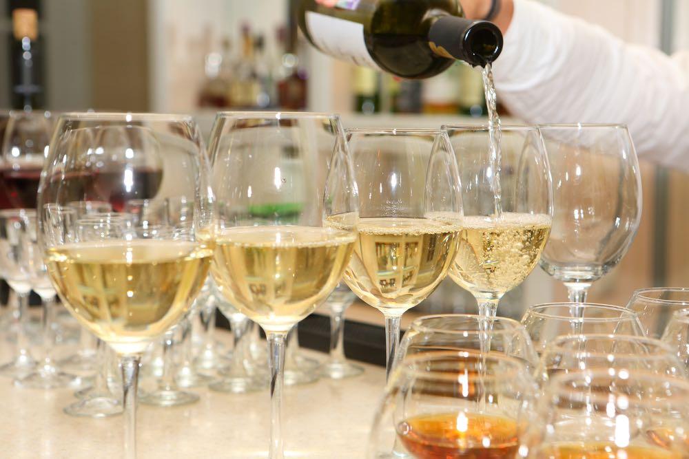 Il vino bianco ha i tannini?