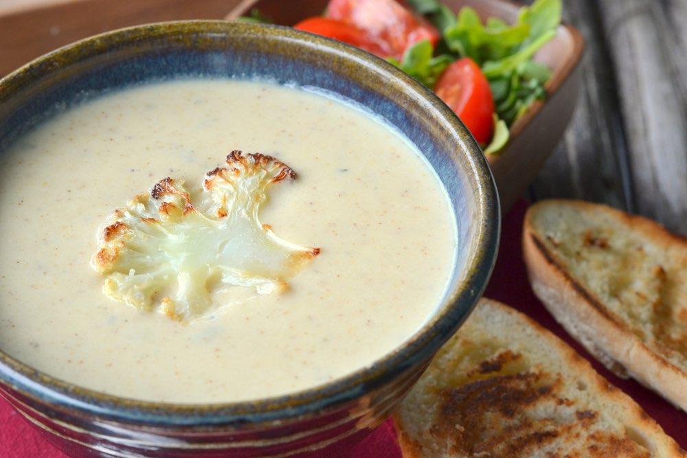 Zuppa di cavolfiore e curcuma