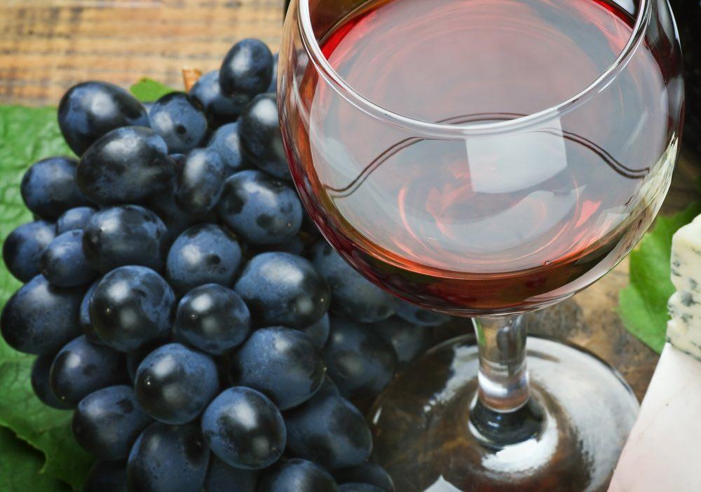 Il vino fa bene al fegato?
