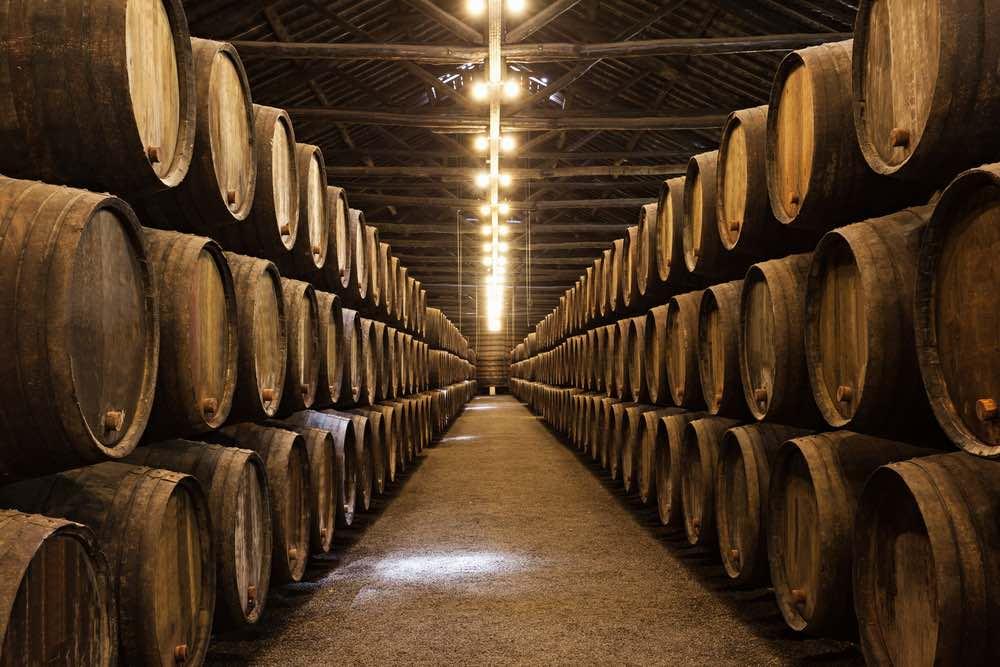 Maturazione e affinamento: quando si decide di imbottigliare il vino