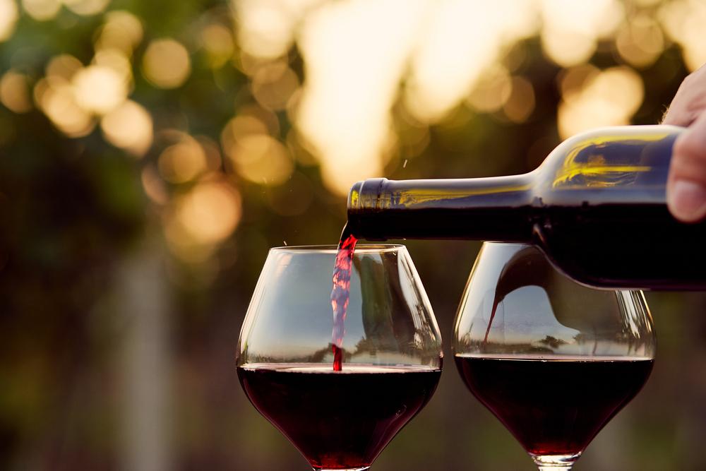 Coronavirus: dal vino rosso una possibile cura